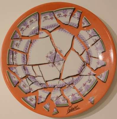Assiette brisée (Porcelaine) -  CÉSAR (BALDACCINI)